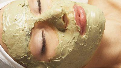 Argila verde para combater o acne