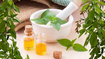 Os 8 melhores óleos essenciais para rugas