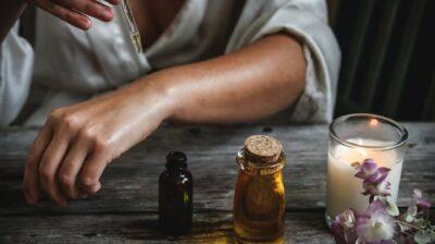 Como fazer o seu próprio perfume com óleos essenciais